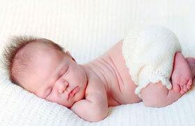 позы спящего ребенка