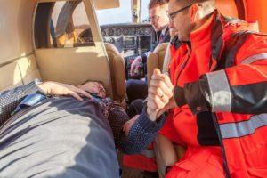 перевозка лежачих больных самолетом